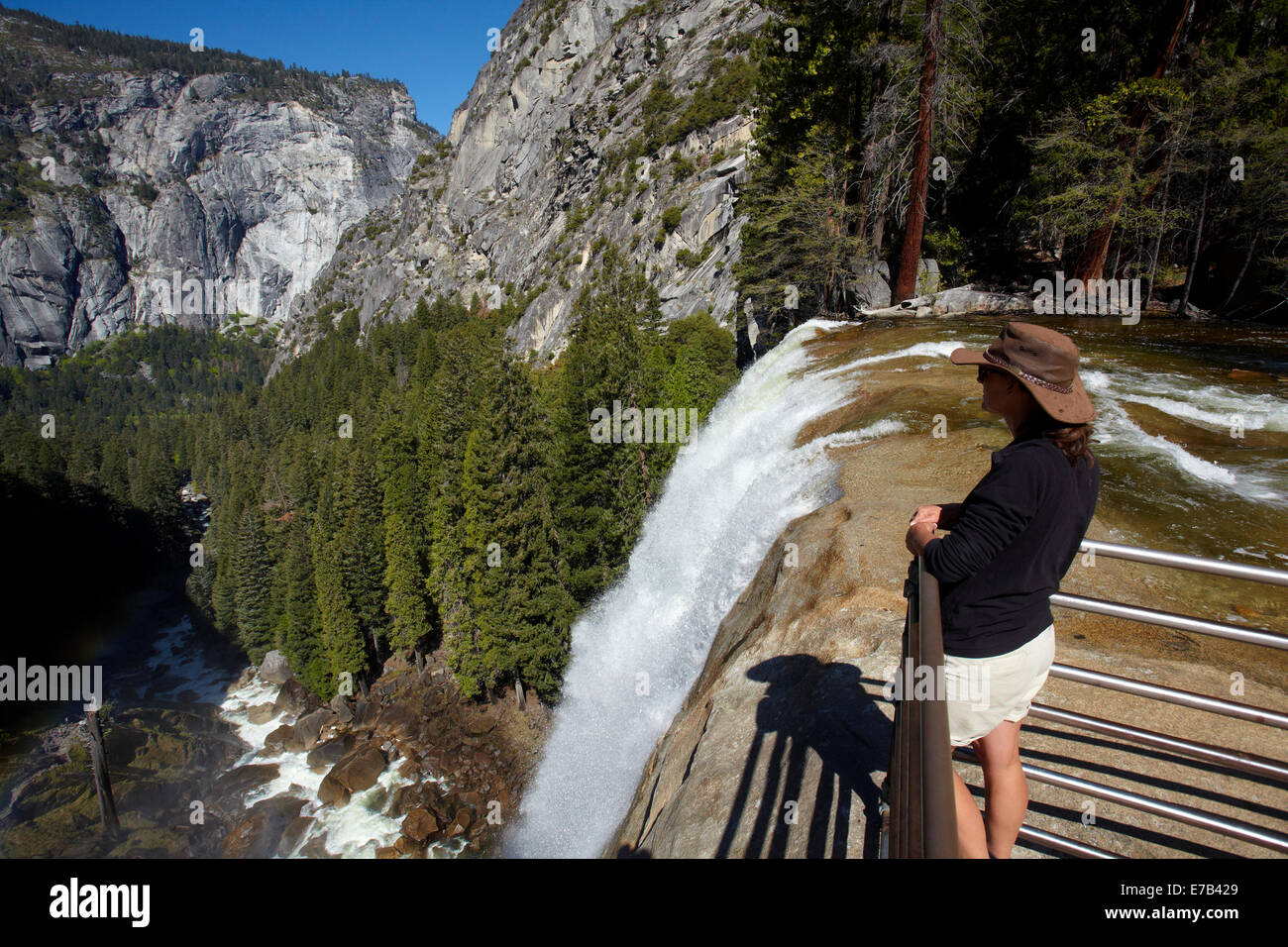 Tourist at Vernal Fall, The Mist Trail, Yosemite National Park ...
