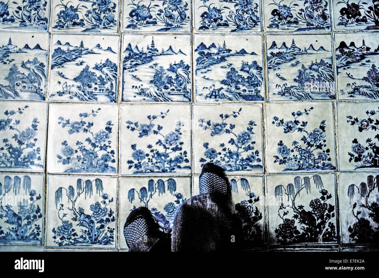 Delighted 1200 X 600 Floor Tiles Tiny 16 Ceiling Tiles Regular 2 X 4 Ceiling Tile 2X2 Drop Ceiling Tiles Old 3 Tile Patterns For Floors Pink3D Ceramic Tiles Visitors Walk On Blue Hand Painted Ceramic Floor Tiles Brought ..