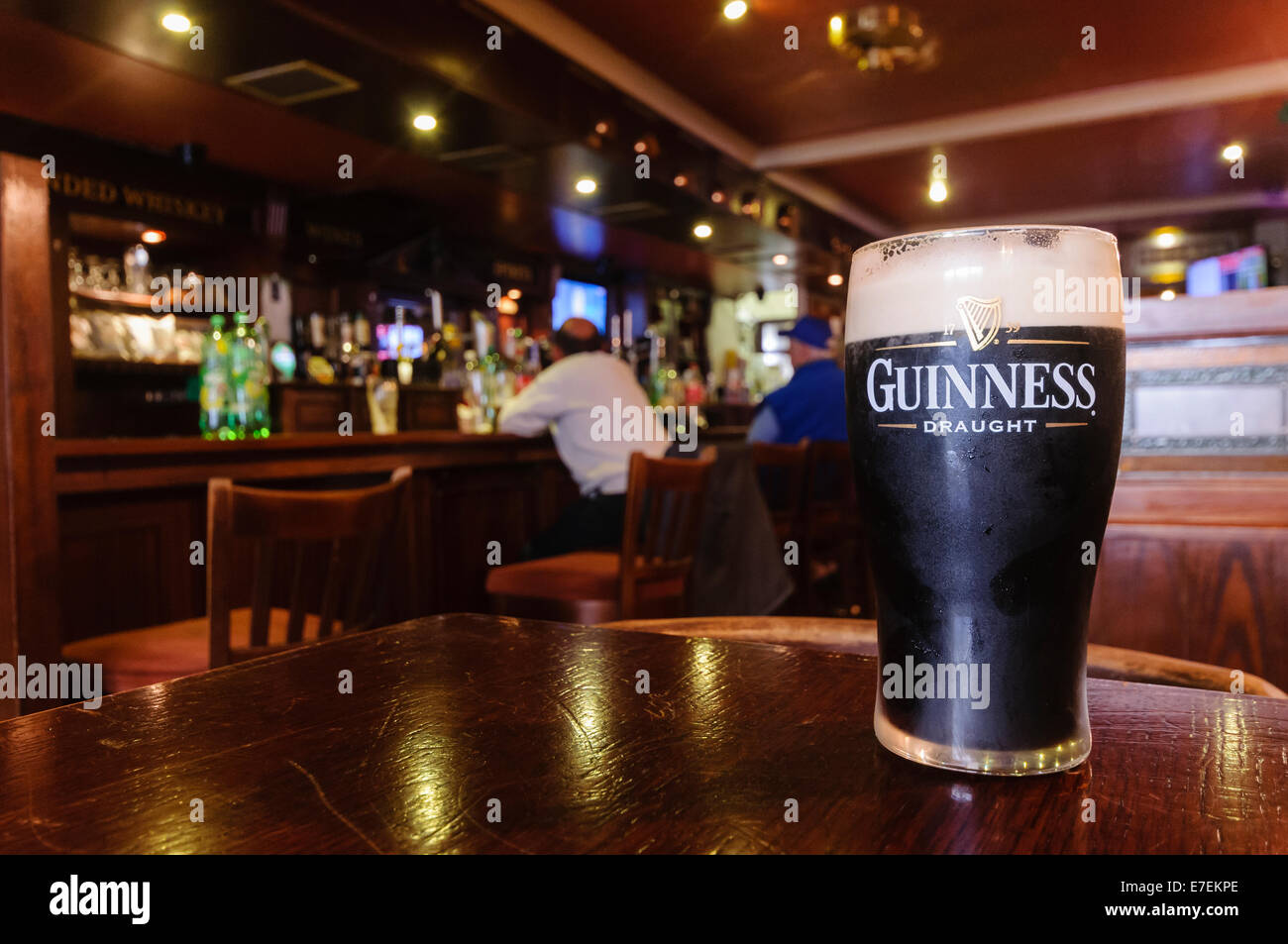 pint of guinness in a traditional irish pub stock photo royalty free image 73466918 alamy. Black Bedroom Furniture Sets. Home Design Ideas