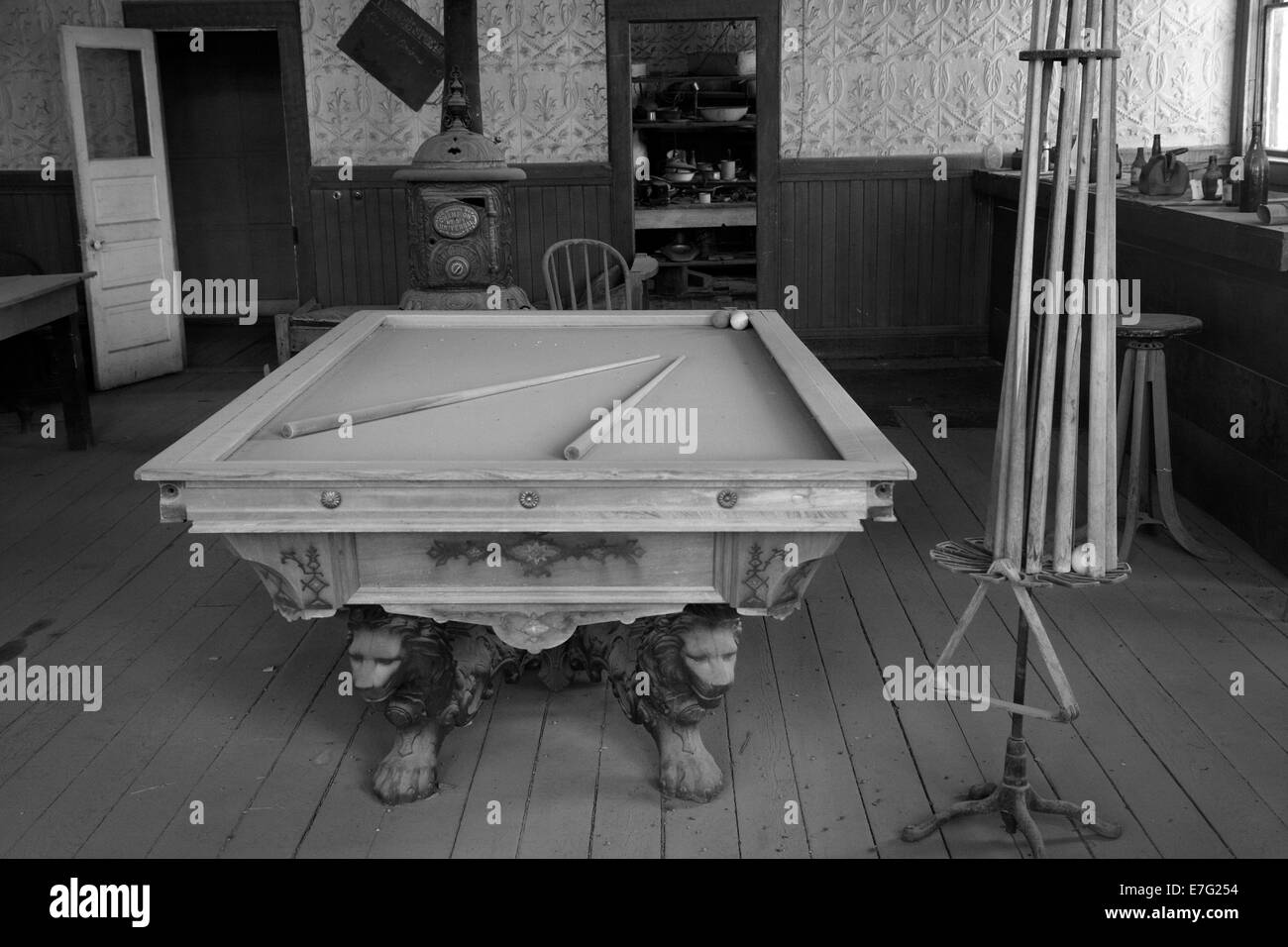Old Pool Table, Wheaten And Hollis Hotel, Bodie Ghost Town ( Elevation 8379  Ft / 2554 M ), Eastern Sierra, California, USA