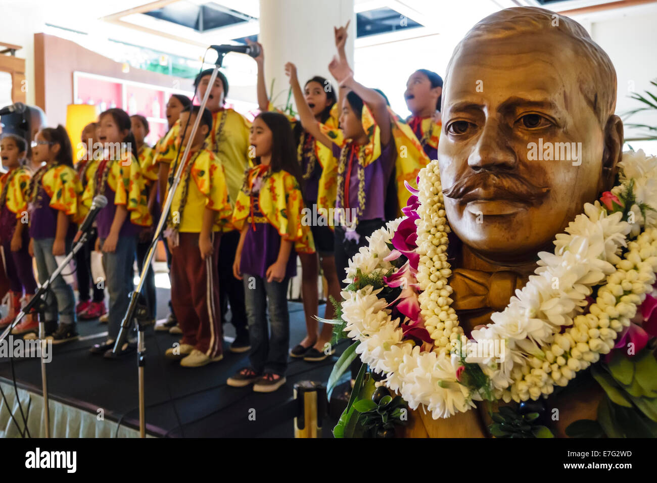 Honolulu asian performance