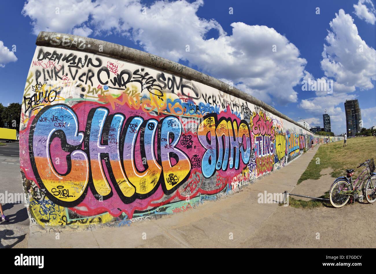 Grafiti wall berlin - Germany Berlin East Side Gallery Wall Graffiti Wall Paintings Berlin