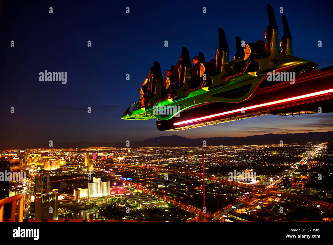 X-Scream thrill ride on top of Stratosphere tower, 866ft ...
