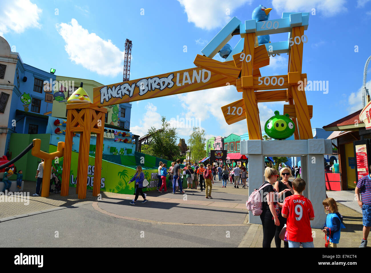 entrance sign to angry birds land thorpe park theme park chertsey stock photo royalty free. Black Bedroom Furniture Sets. Home Design Ideas