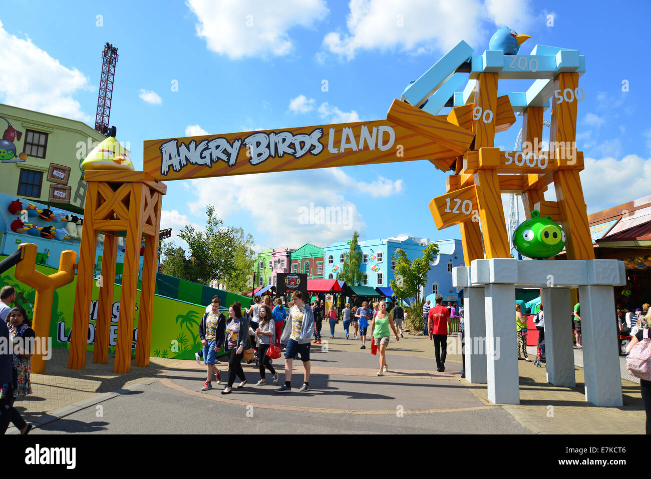 entrance sign to angry birds land thorpe park theme park chertsey stock photo 73571238 alamy. Black Bedroom Furniture Sets. Home Design Ideas
