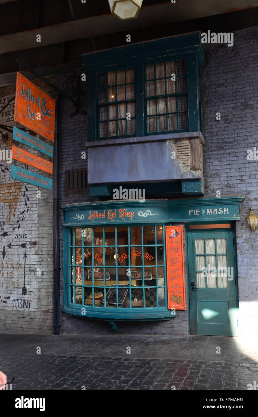 jellied eel shop in diagon alley at the wizarding world of harry stock photo 73591441 alamy. Black Bedroom Furniture Sets. Home Design Ideas