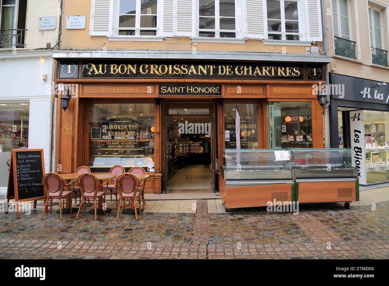 au bon croissant de chartres cafe boulangerie in rue du