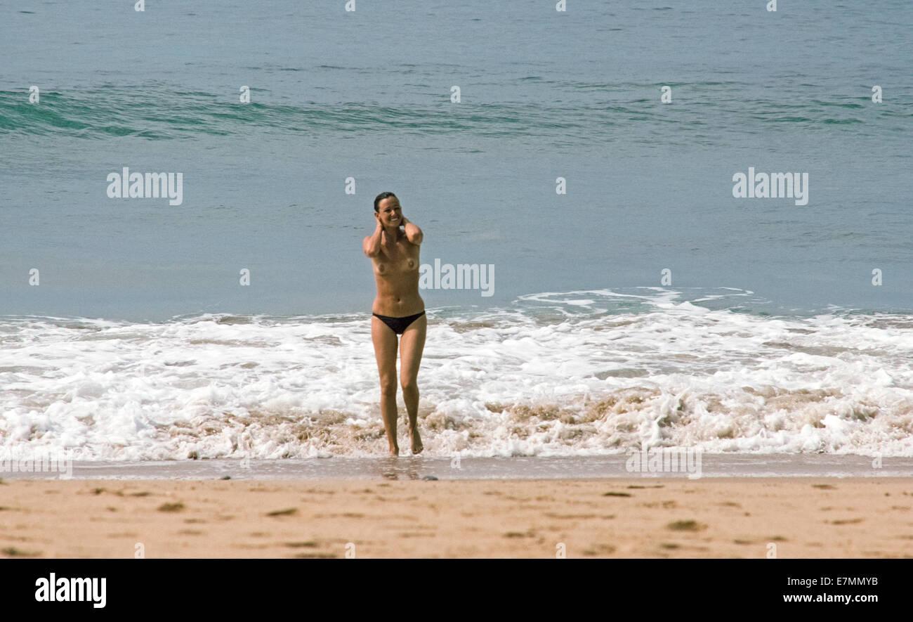 goa nude women photo