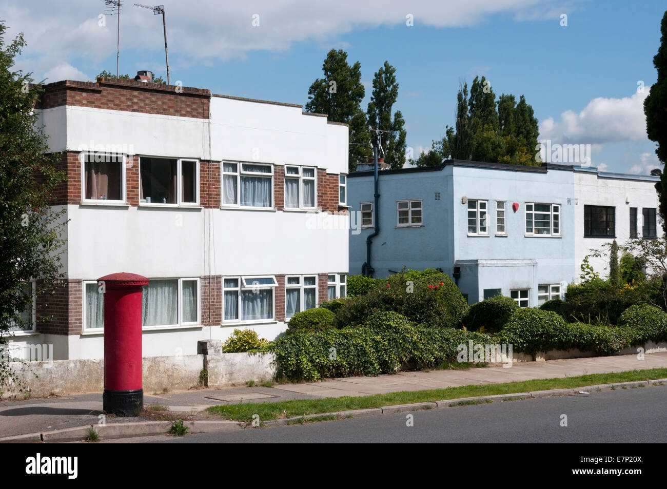 Art Deco Style Semi Detached Houses In Bromley South