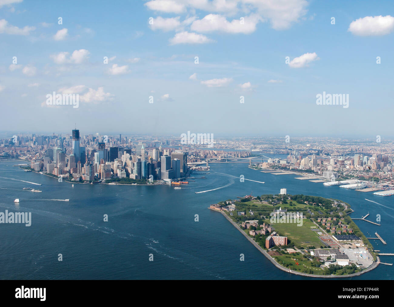 New-York-City-Sky-View-With-Governors-Is