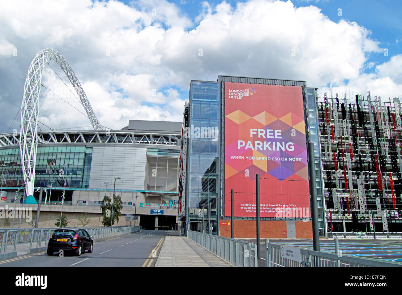The London Designer Outlet car park, Wembley, London ...