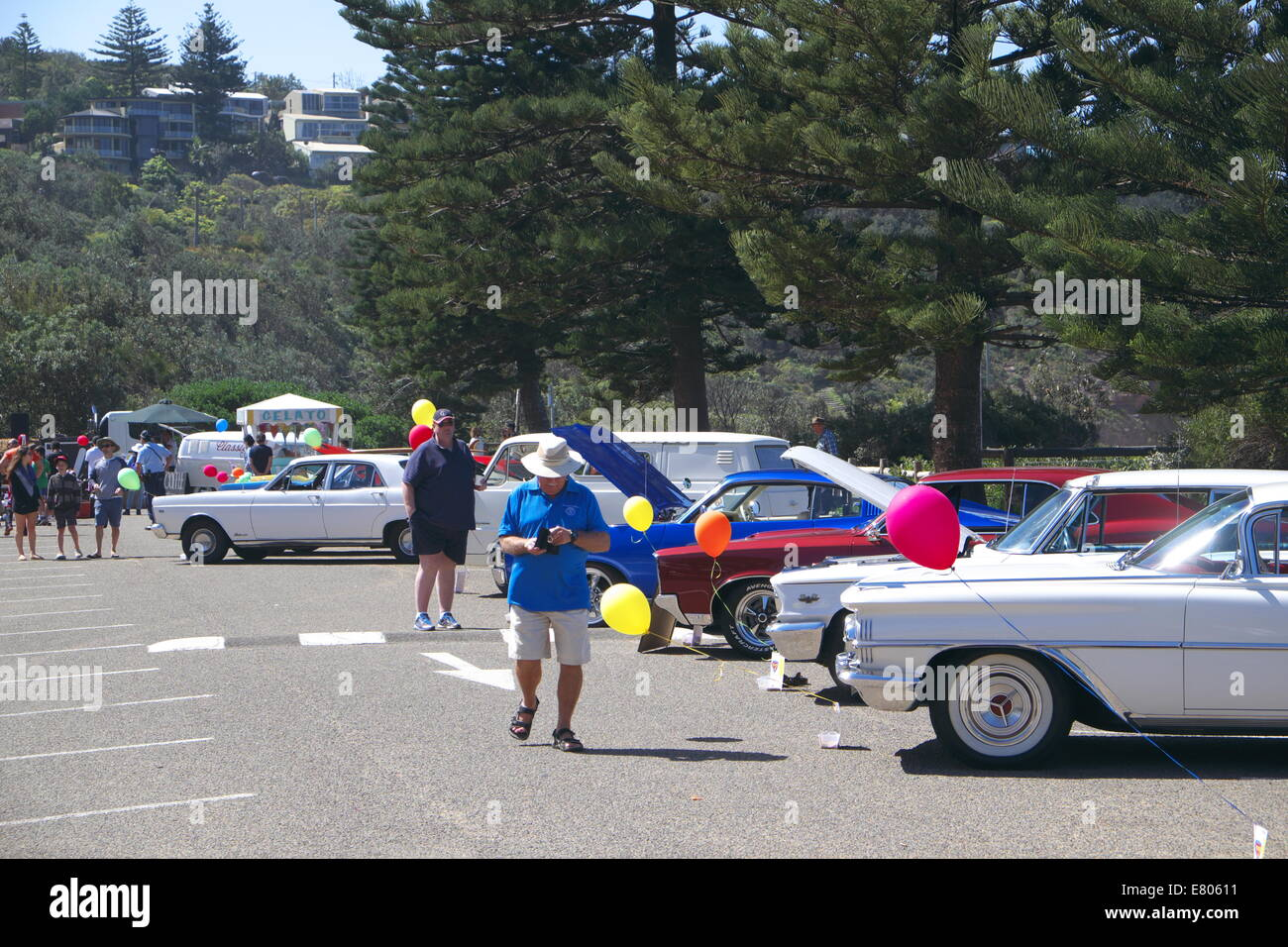 Newport Beach, Sydney, Australia. 27th Sep, 2014. Classic cars on ...