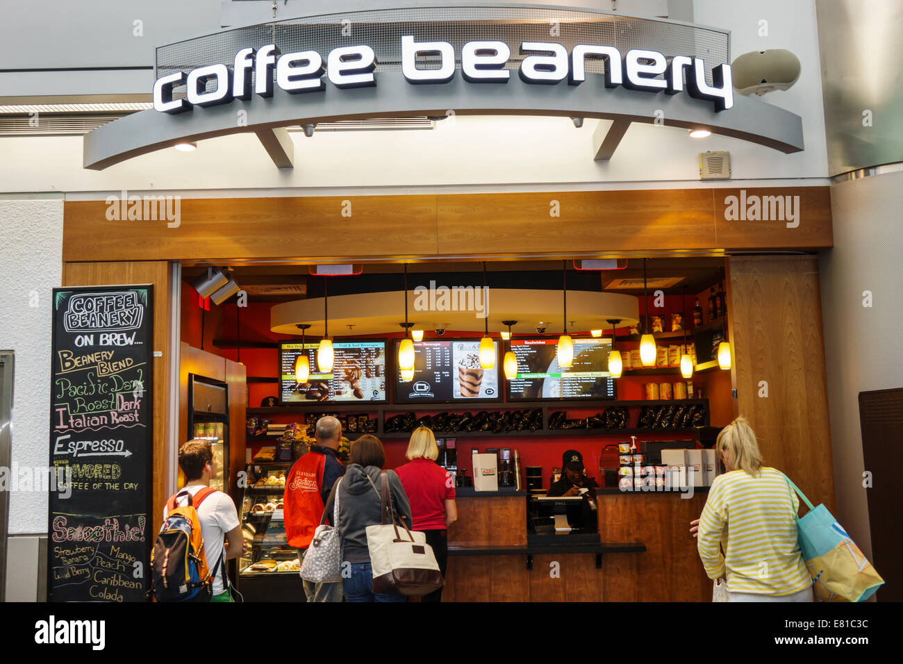 The latest Tweets from Coffee Beanery (@coffeebeaneryHQ). A family owned company that has been in business since Specializing in small batch roasted coffee with delicious flavors. Flushing, MI.