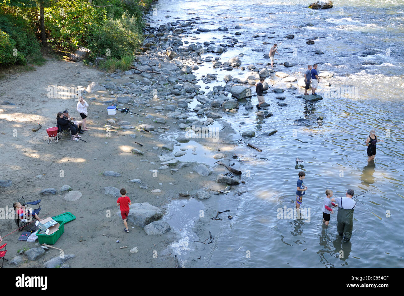 People Fishing The Campbell River, Campbell River, Vancouver Island, British  Columbia, Canada