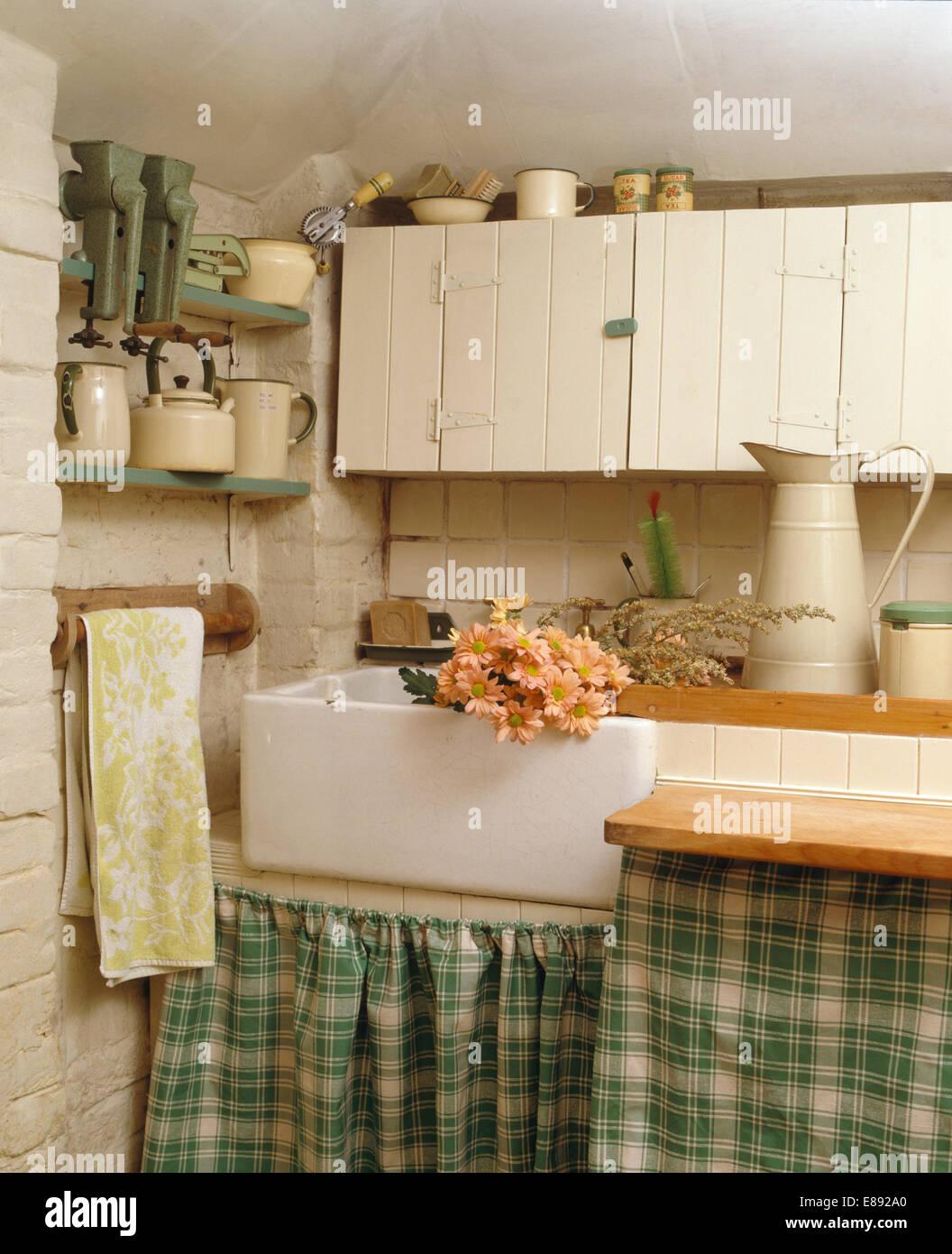 Kitchen Floor Tiles Belfast Belfast Sink Stock Photos Belfast Sink Stock Images Alamy