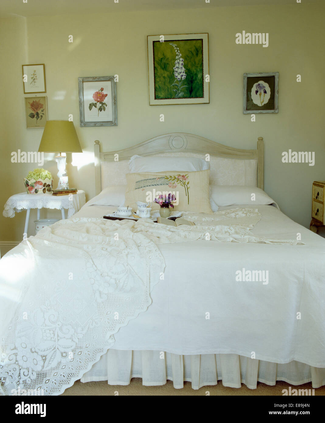 White lace bedcover on bed with white quilt in country for White country bedroom