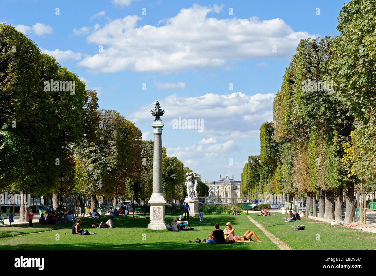 jardin du luxembourg 6th arrondissement latin quarter avenue de stock photo royalty free. Black Bedroom Furniture Sets. Home Design Ideas