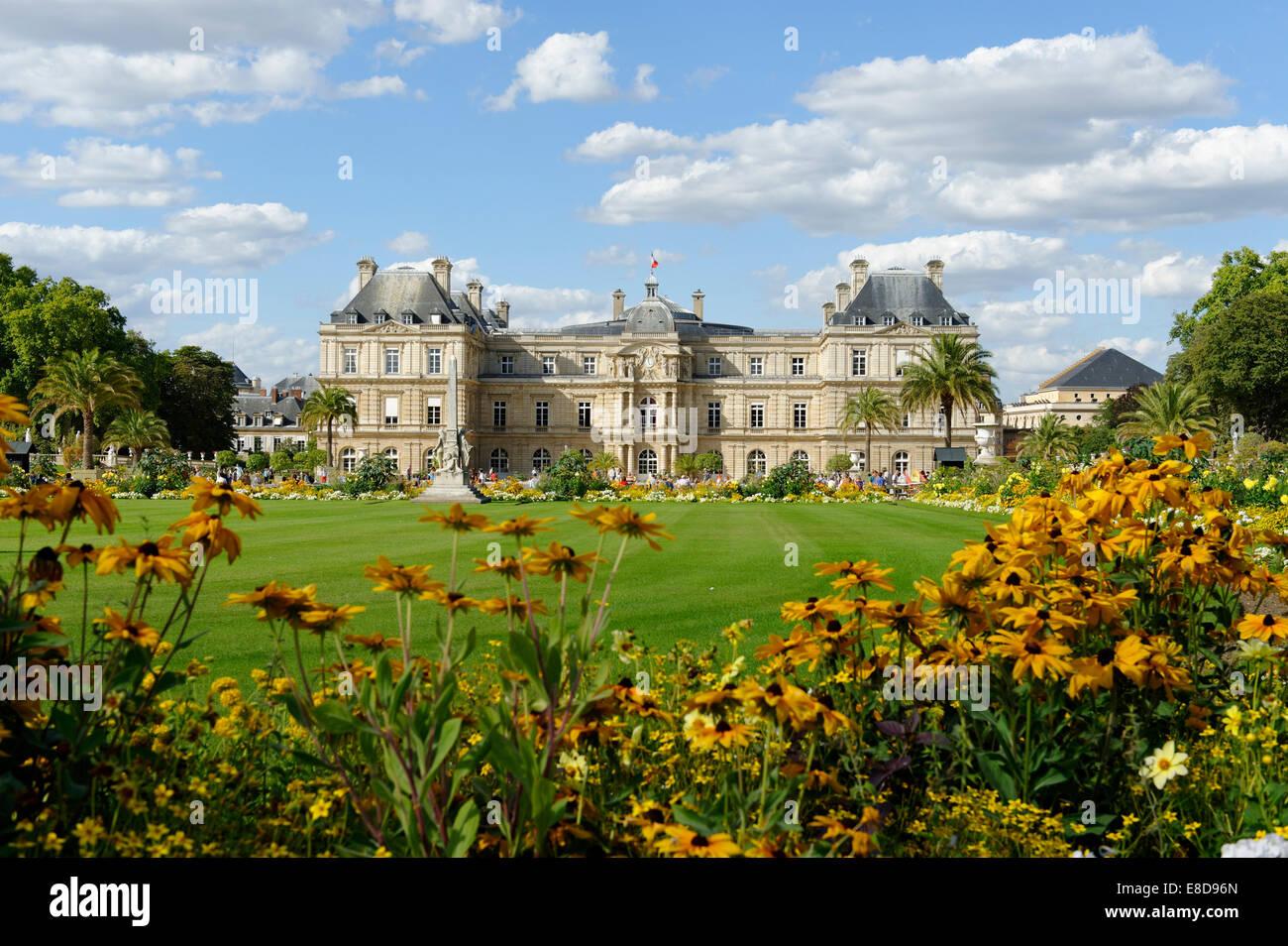 Palais du luxembourg garden facade jardin du luxembourg for Jardin du luxembourg