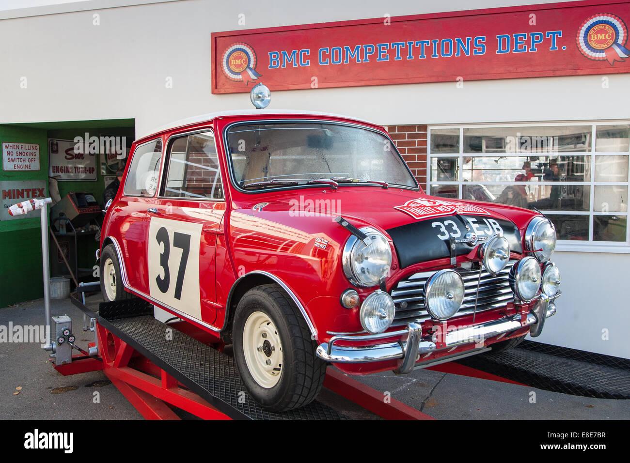 Classic Mini Cooper Stock Photos & Classic Mini Cooper Stock ...