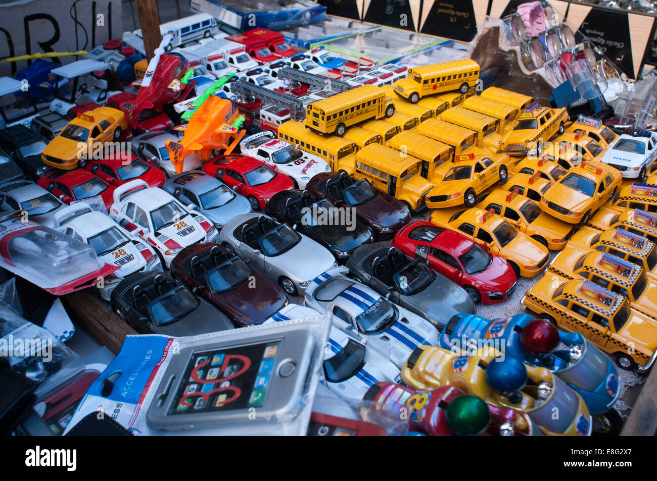 SOUVENIRS GIFT SHOP WINDOW MANHATTAN NEW YORK CITY USA. Toy cars ...