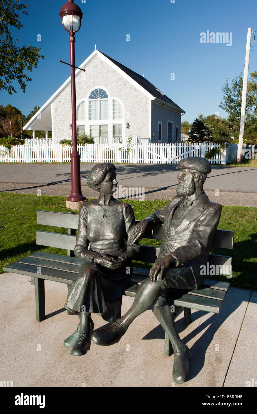 statues of mabel and alexander graham bell in baddeck. Black Bedroom Furniture Sets. Home Design Ideas