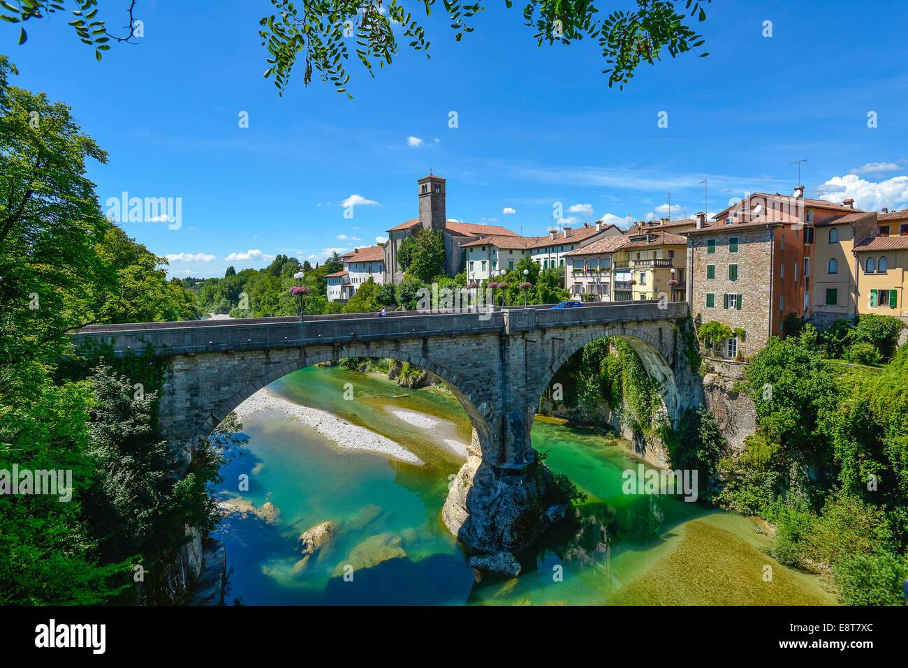 Italia friuli v g cividale il ponte del diavolo sul fiume natisone stock photo royalty free - Il giardino sul fiume ...