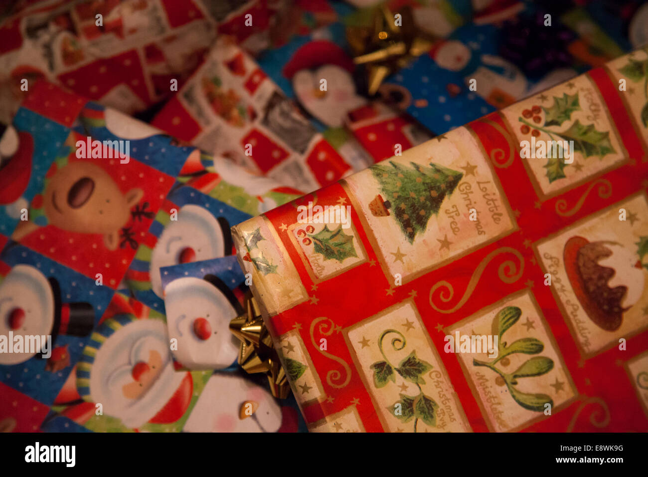 A Farm Wife's Life: Christmas Presents |Wrapped Christmas Presents Under The Tree