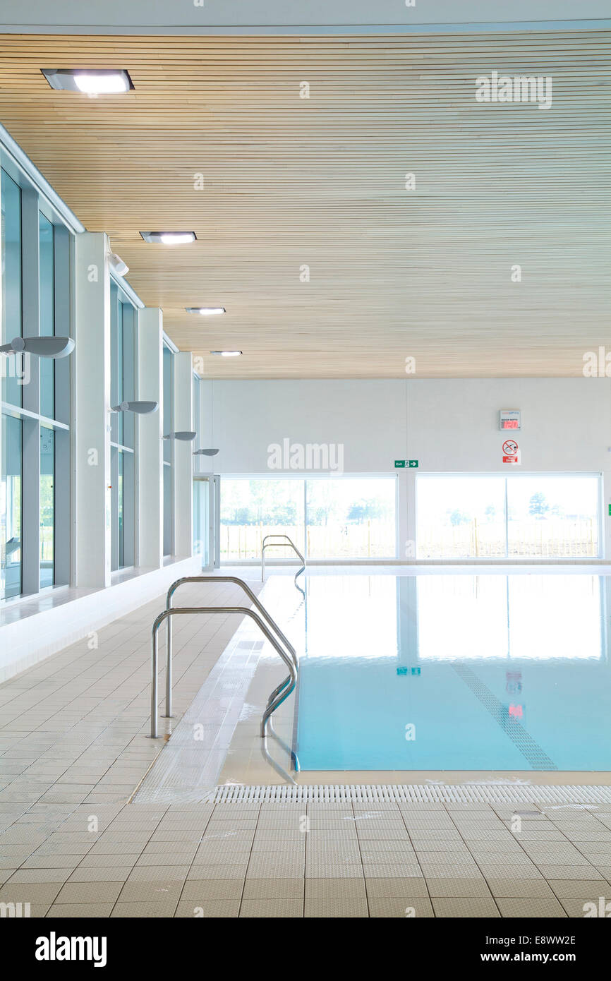 swimming pool reflecting sunlight in hengrove leisure. Black Bedroom Furniture Sets. Home Design Ideas