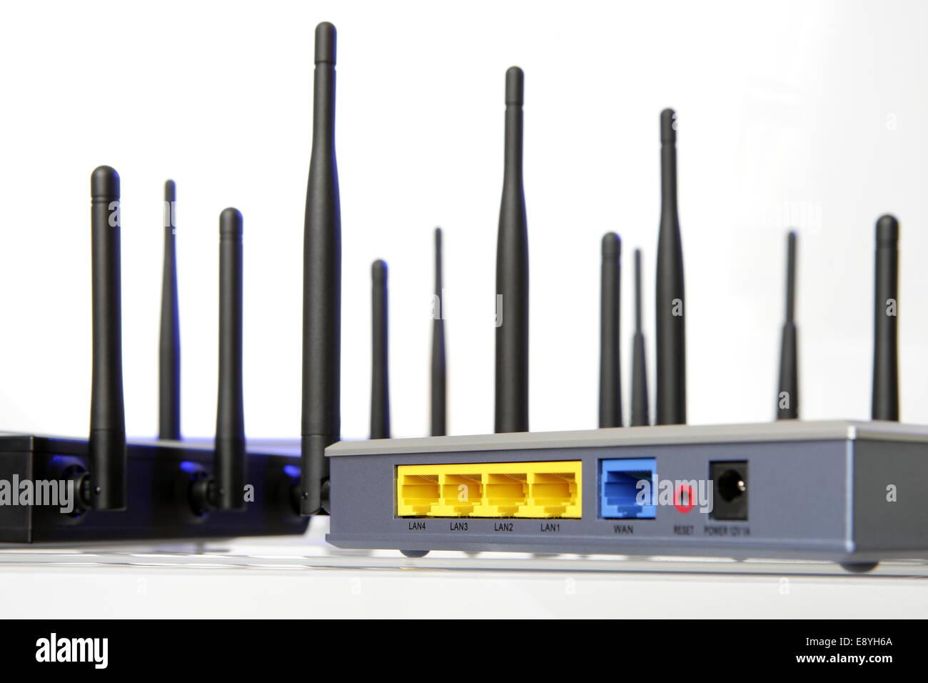 Nett Schaltplan Für Wlan Router Bilder - Die Besten Elektrischen ...