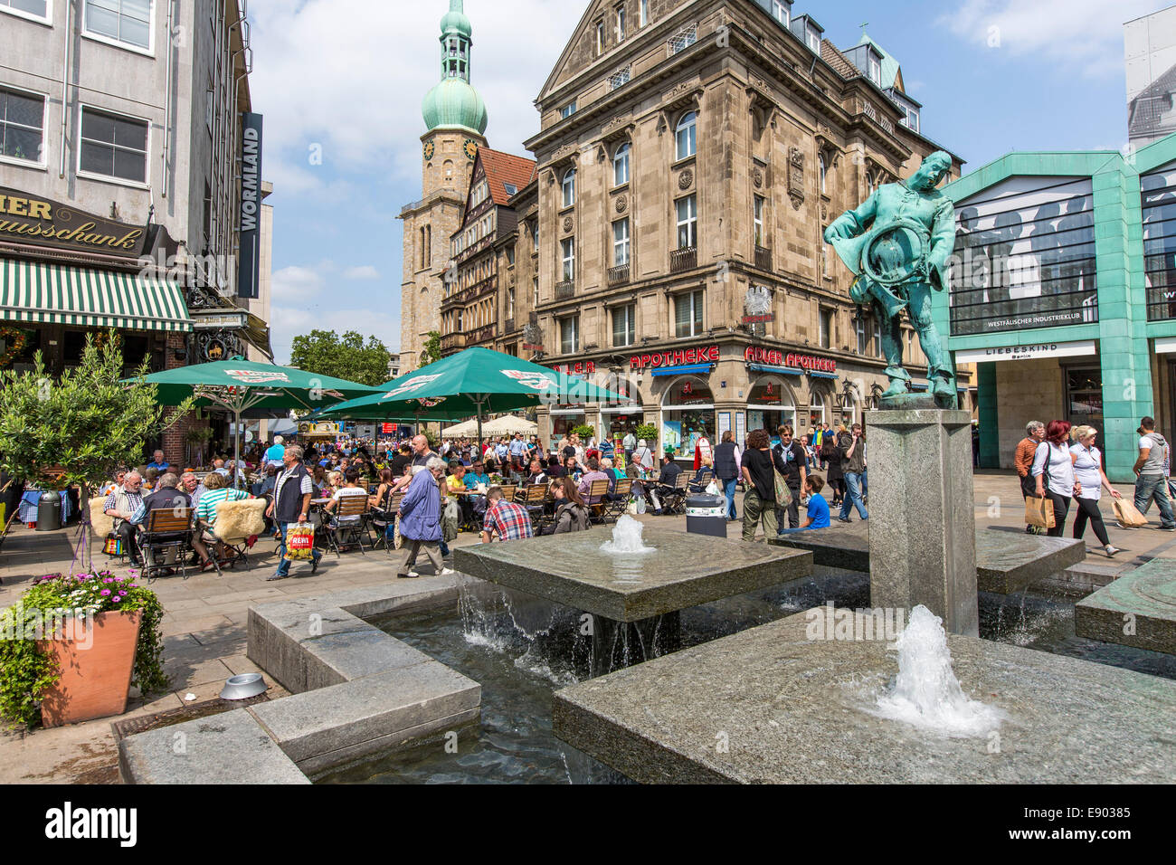market square in the city center with many shops outdoor dining stock photo 74375957 alamy. Black Bedroom Furniture Sets. Home Design Ideas