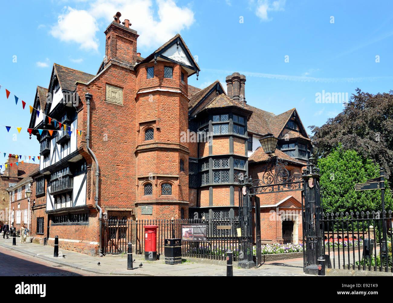 Rochester kent england uk eastgate house grade i for Rochester house