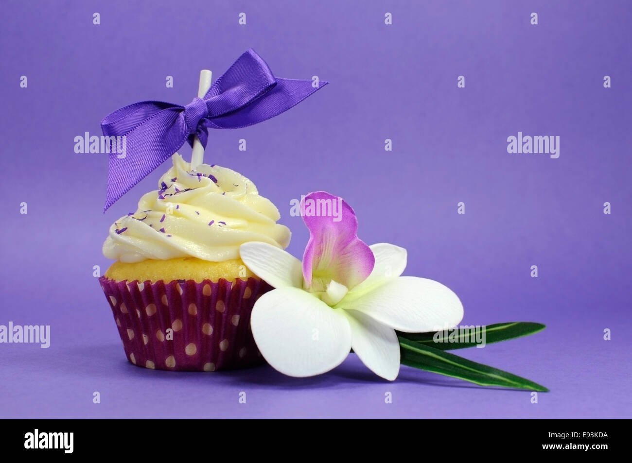 Purple theme cupcake with orchid flower for wedding bridal or baby purple theme cupcake with orchid flower for wedding bridal or baby shower mothers day or female birthday izmirmasajfo Gallery