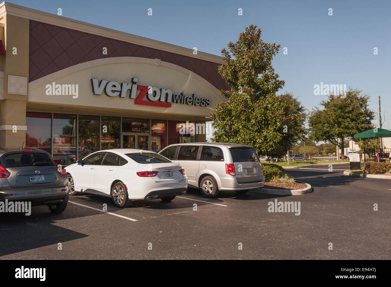 Verizon Wireless Store Located In Lady Lake Florida Usa Stock ...