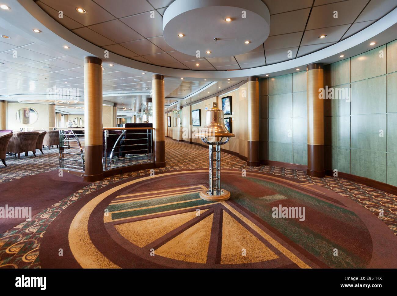 Interior of arcadia the p o cruise ship stock photo for Aurora p o interior