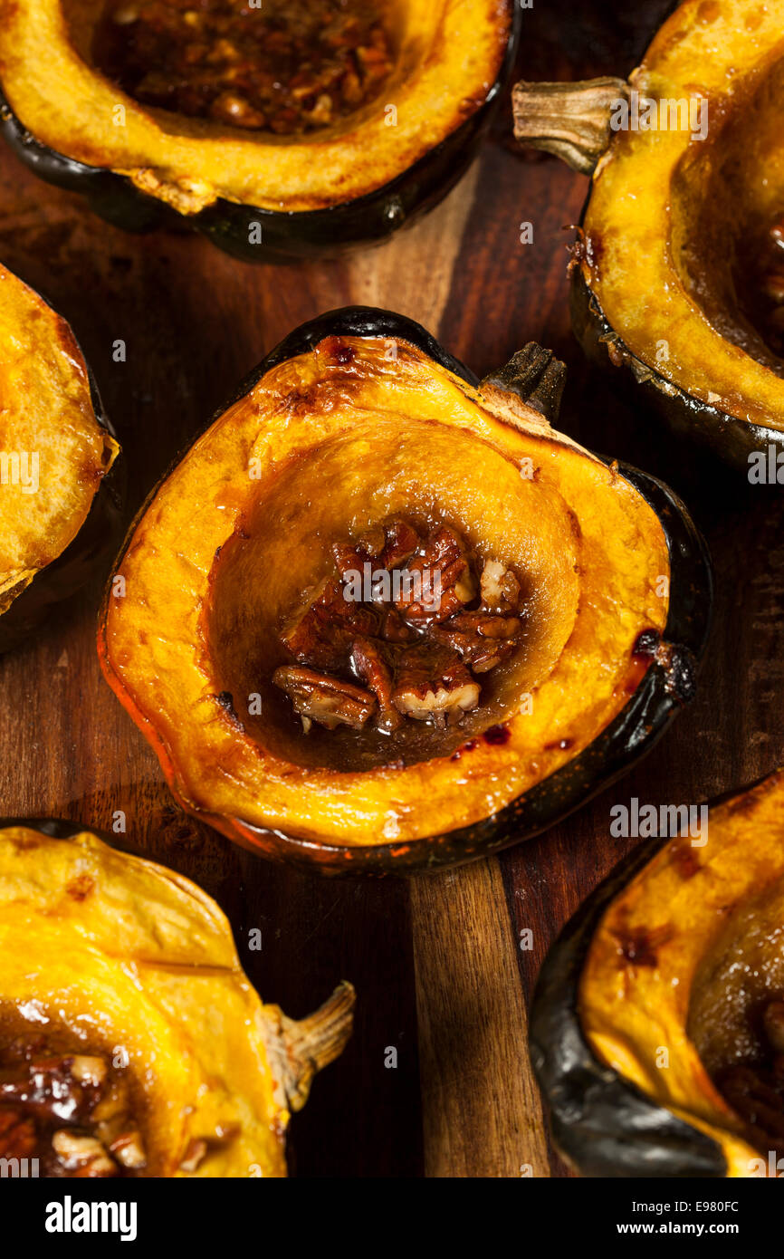 Homemade Roasted Acorn Squash with Brown Sugar and Pecans ...