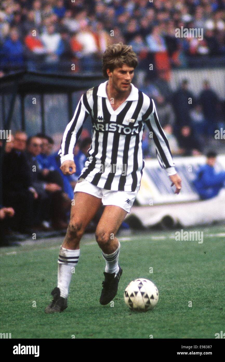 10 01 1988 Italy MICHAEL LAUDRUP Juventus Serie A football
