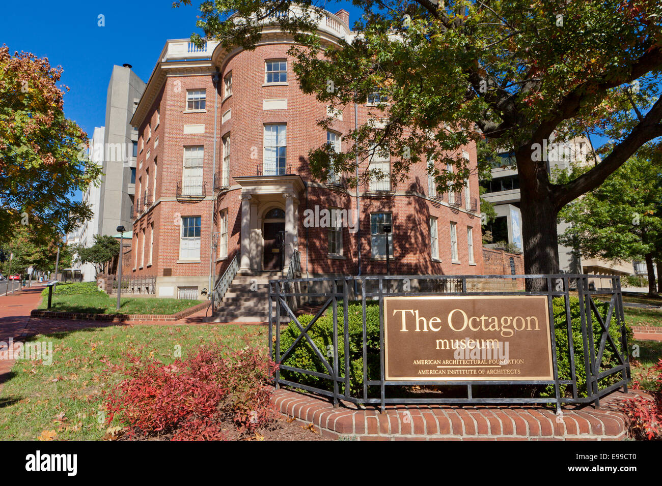 octagon house stock photos octagon house stock images alamy
