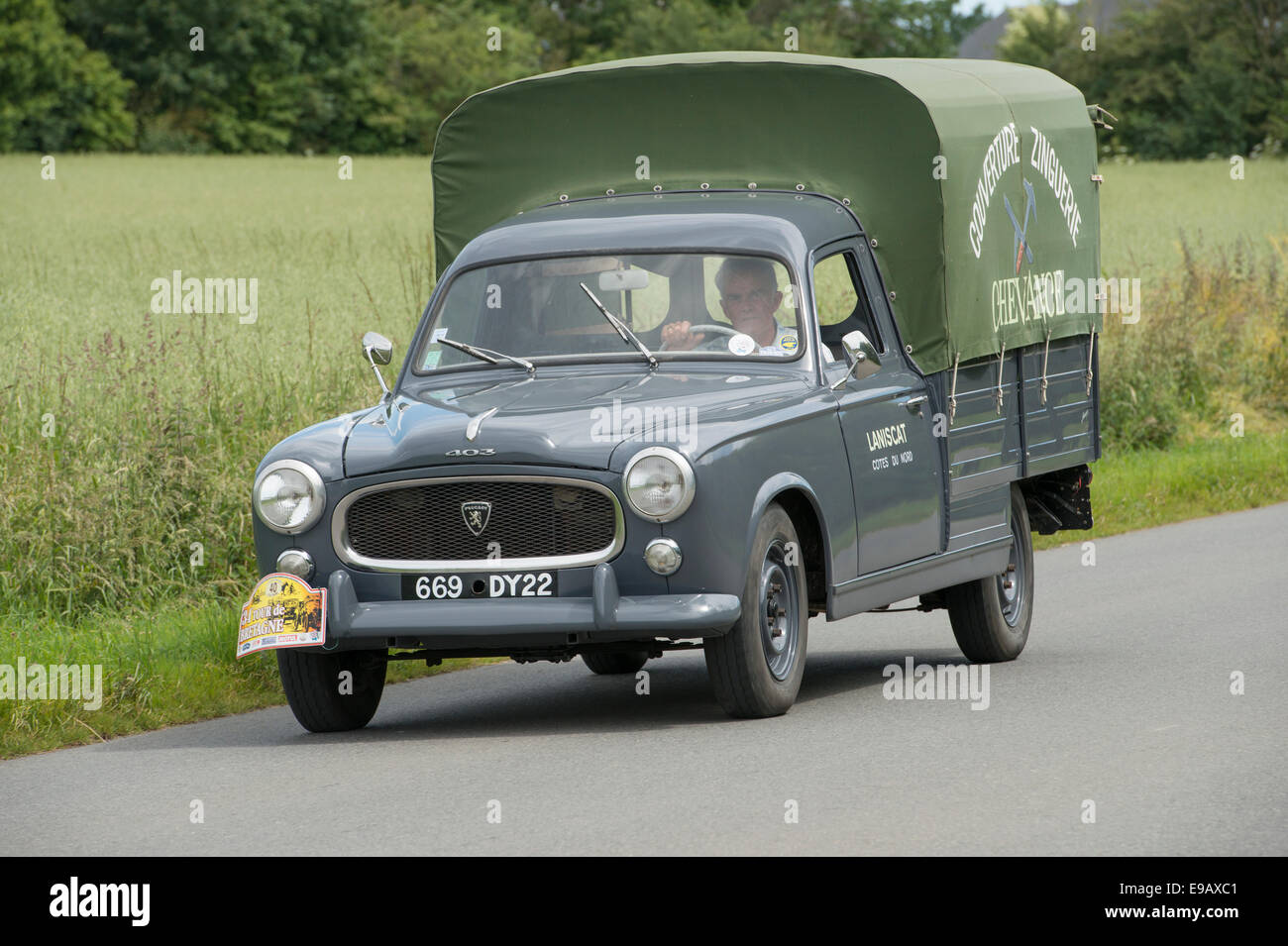 peugeot 403 camionette of 1961 in the tour de bretagne 2014 france stock photo royalty free. Black Bedroom Furniture Sets. Home Design Ideas