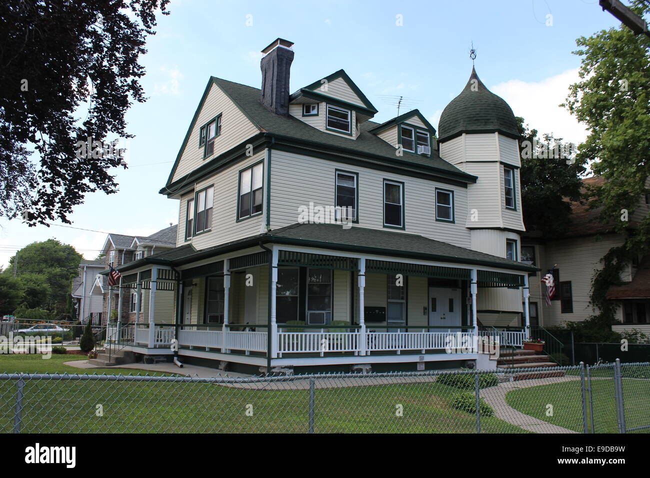 Queen Anne House Built In The 1880s In Clifton Staten