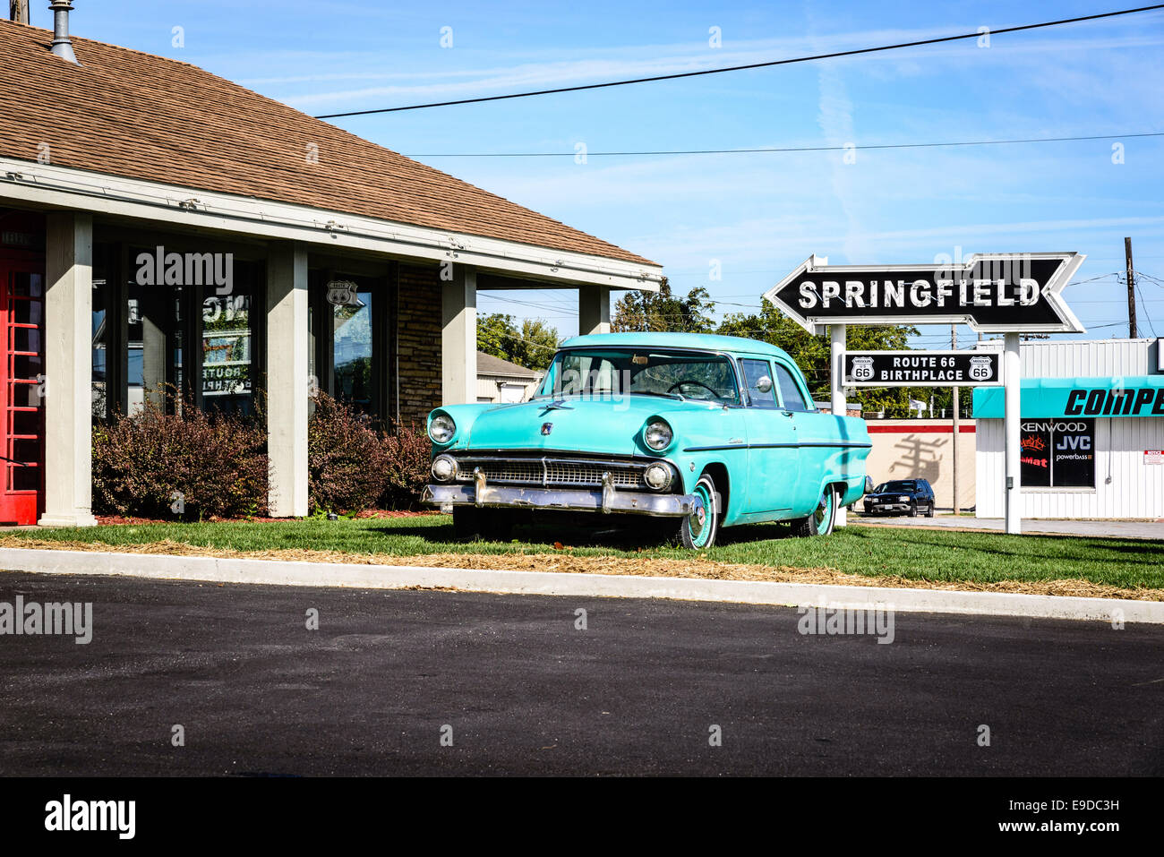 1955 ford custonline outside motel route 66 rail haven for Springfield registry of motor vehicles