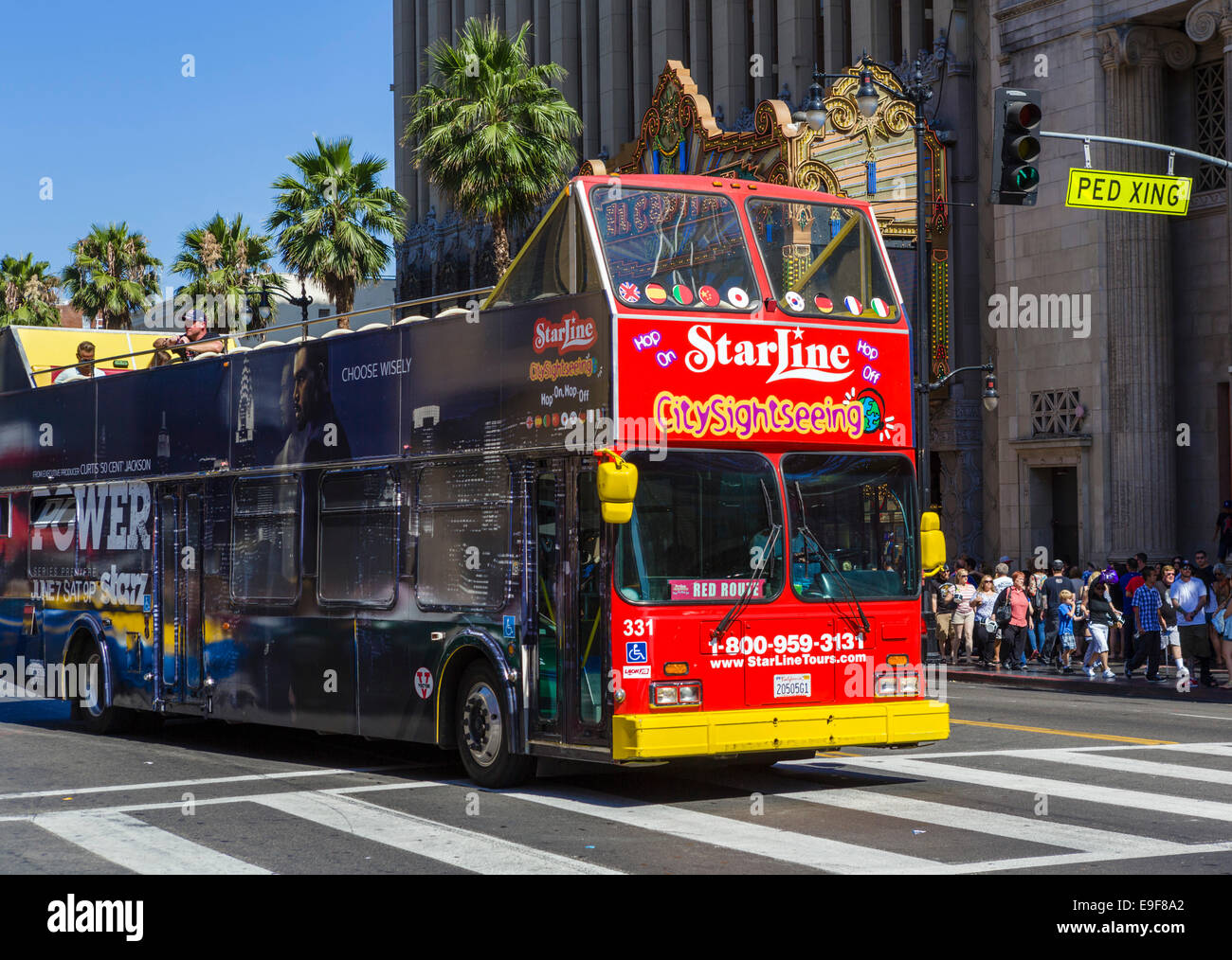 Starline Tours Doubledecker Sightseeing Bus On Hollywood - Bus tours usa
