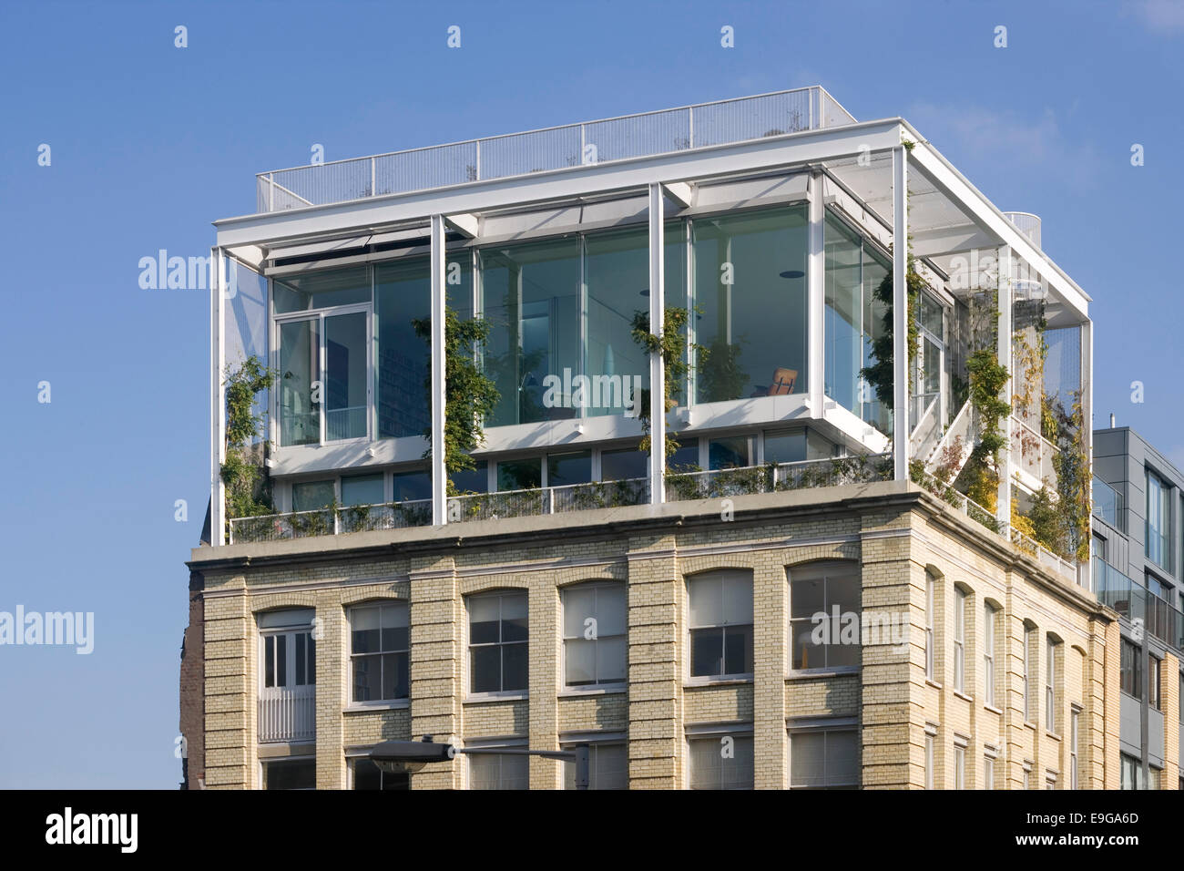 Detail Of Penthouse Exterior Roof Garden Apartment London Uk Stock Photo Royalty Free Image