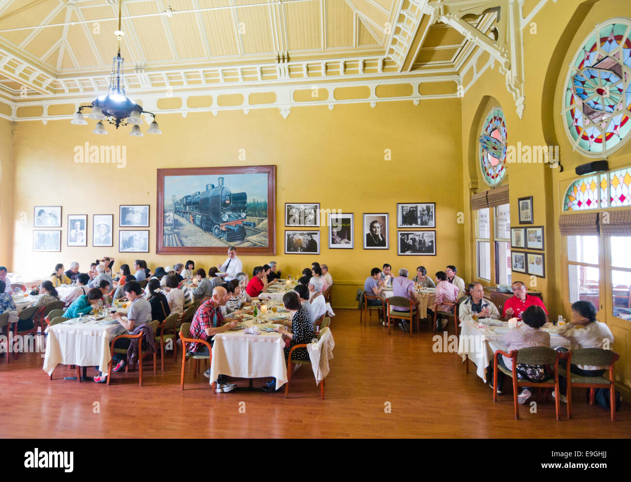 orient express restaurant at sirkeci station in istanbul turkey stock photo royalty free image. Black Bedroom Furniture Sets. Home Design Ideas