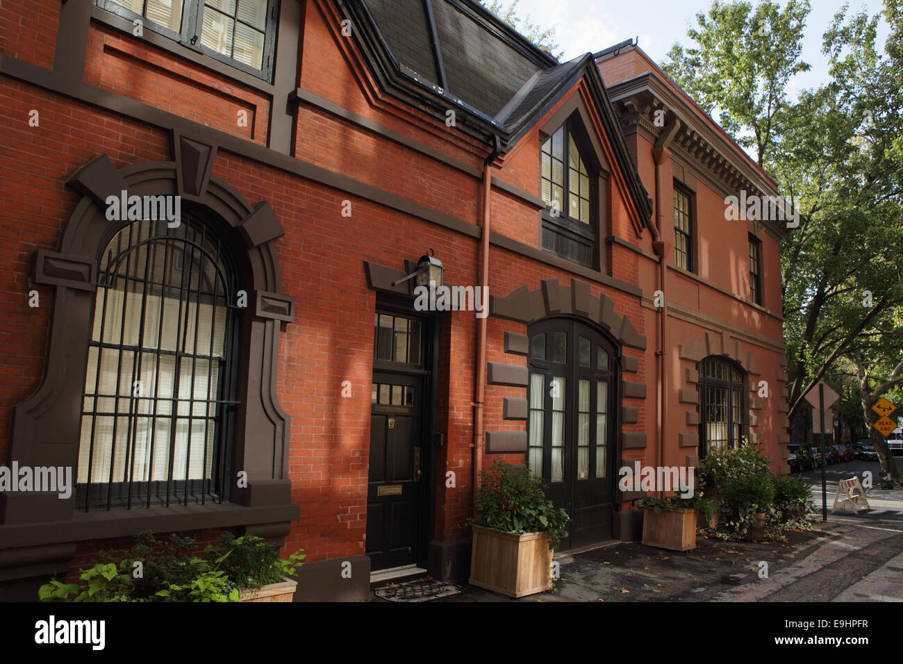 19th century carriage houses on grace court alley in for Buy house in brooklyn