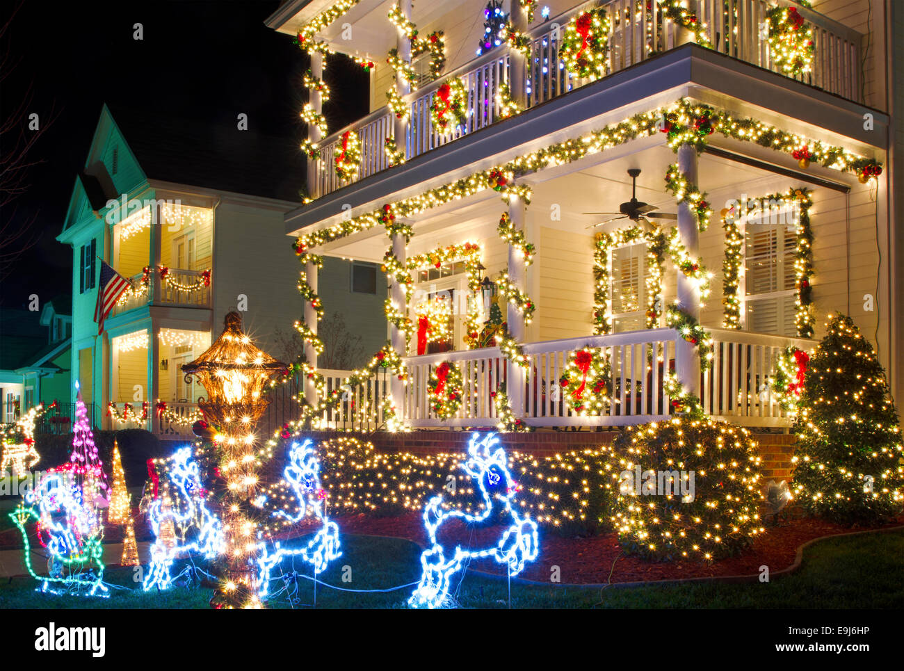 Pictures Of Homes Decorated For Christmas pictures of victorian homes decorated for christmas - home decor
