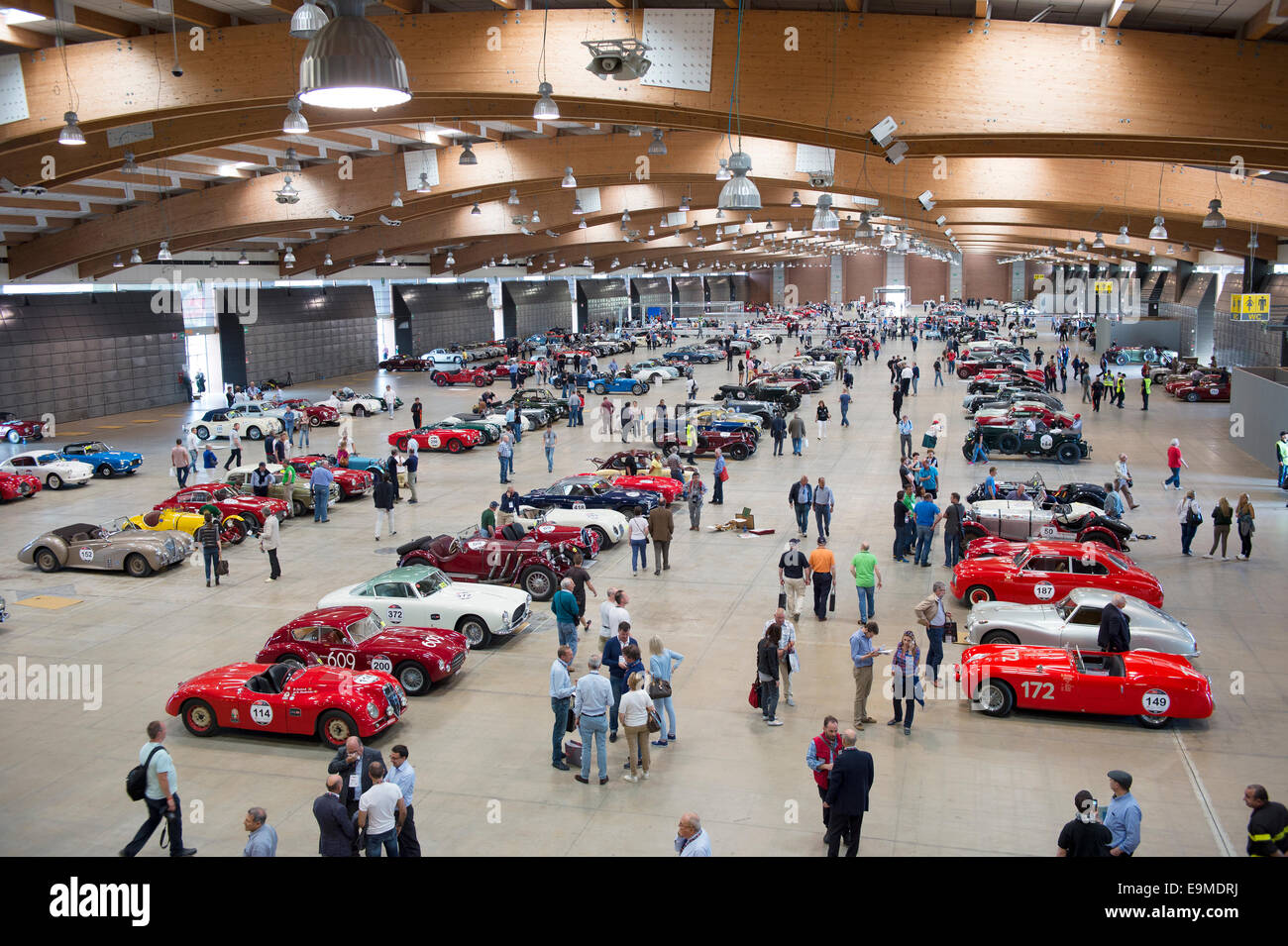 Exhibition hall, exhibition, classic cars, race cars, Mille Miglia ...