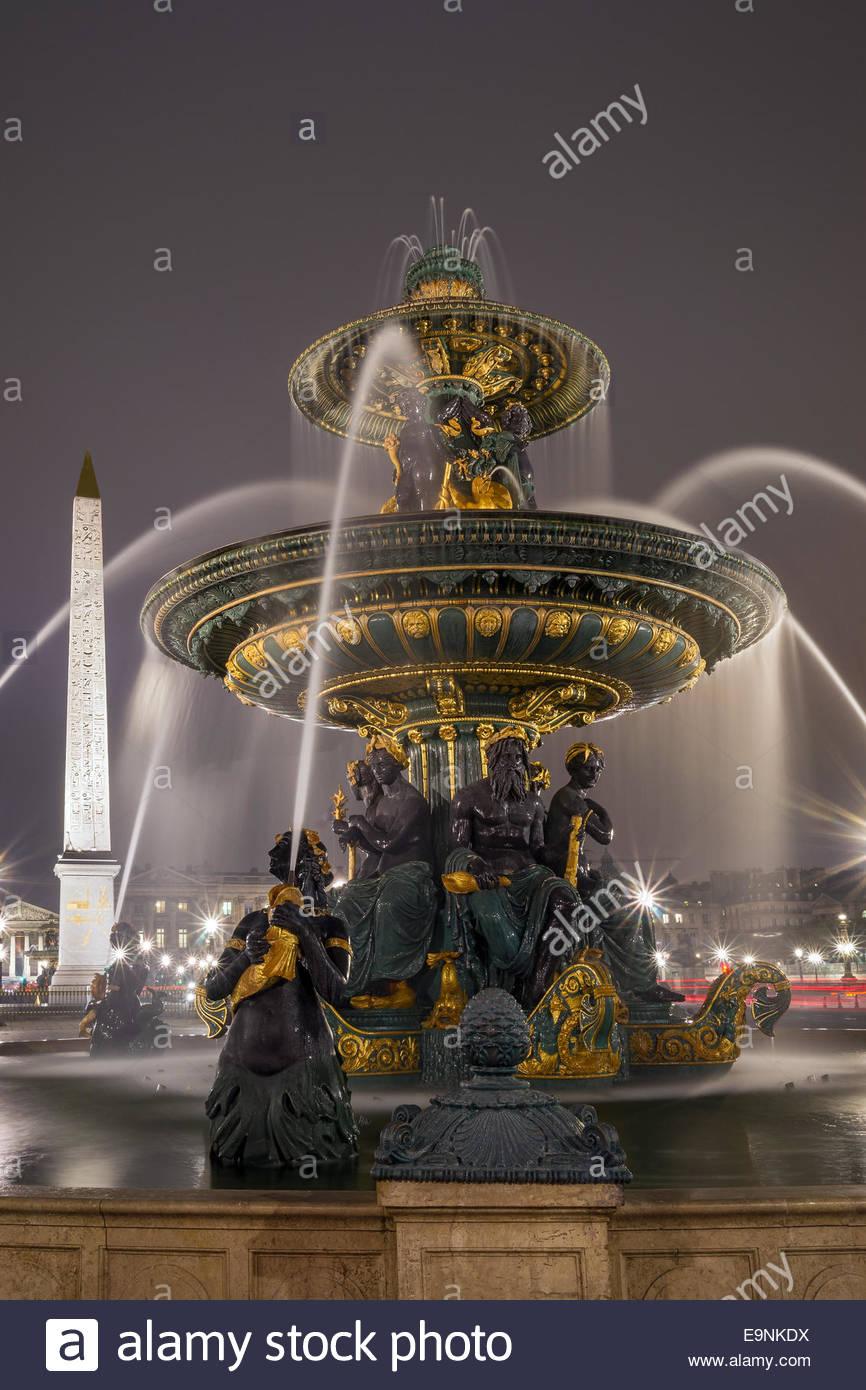 paris-place-de-la-concorde-E9NKDX.jpg