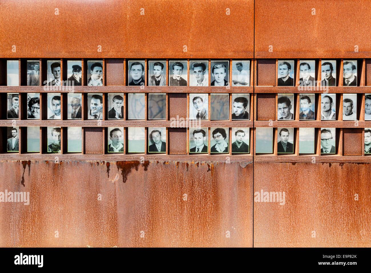 window of remembrance berlin wall memorial park mitte berlin