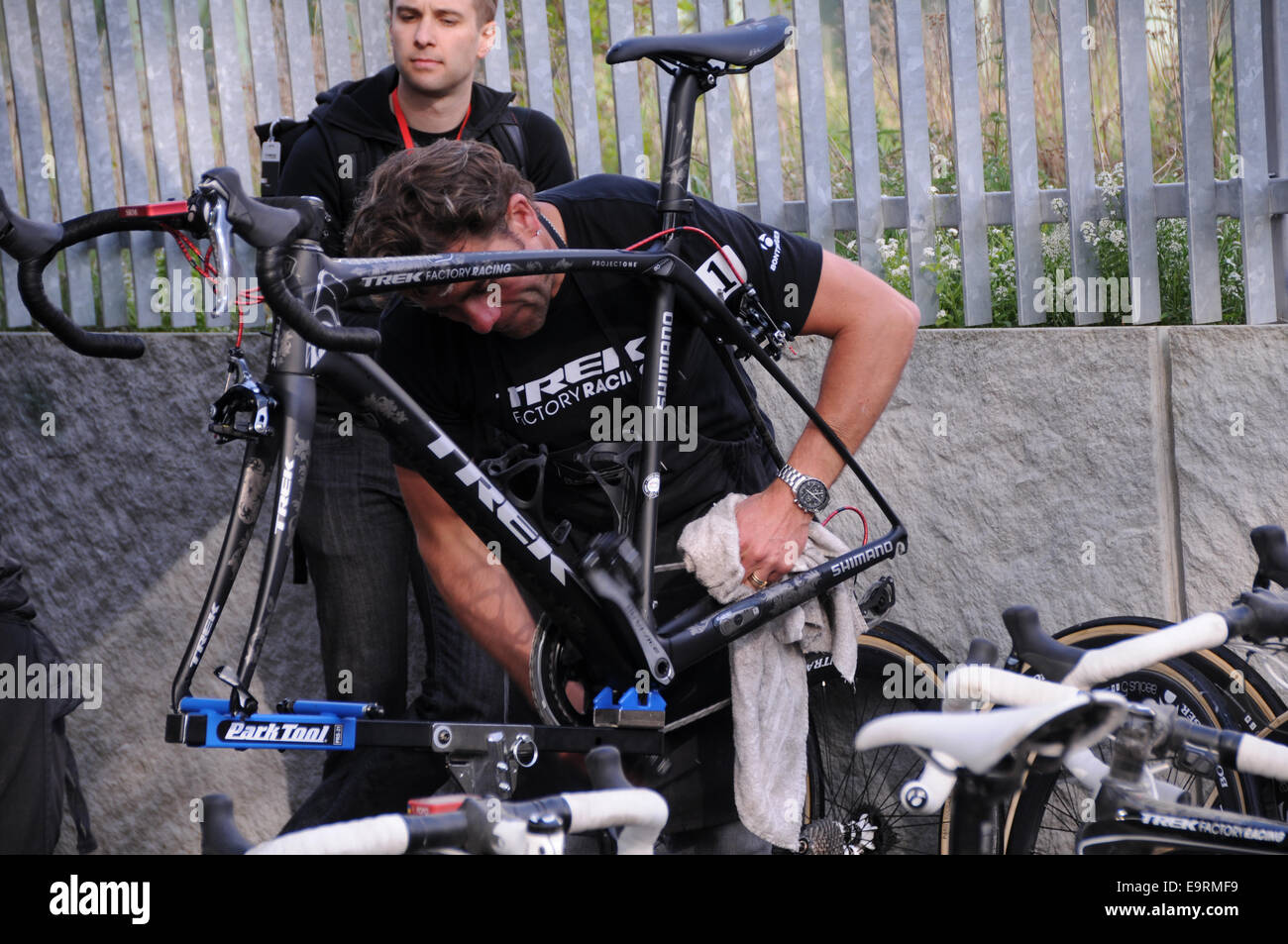 Fabian Cancellaras Bike Get Some Tender Lover And Care From Team