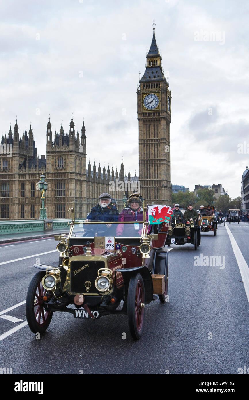 London to Brighton Veteran car run: cars cross Westminster Bridge ...